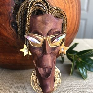Handmade Artisan Caricature Brooch
